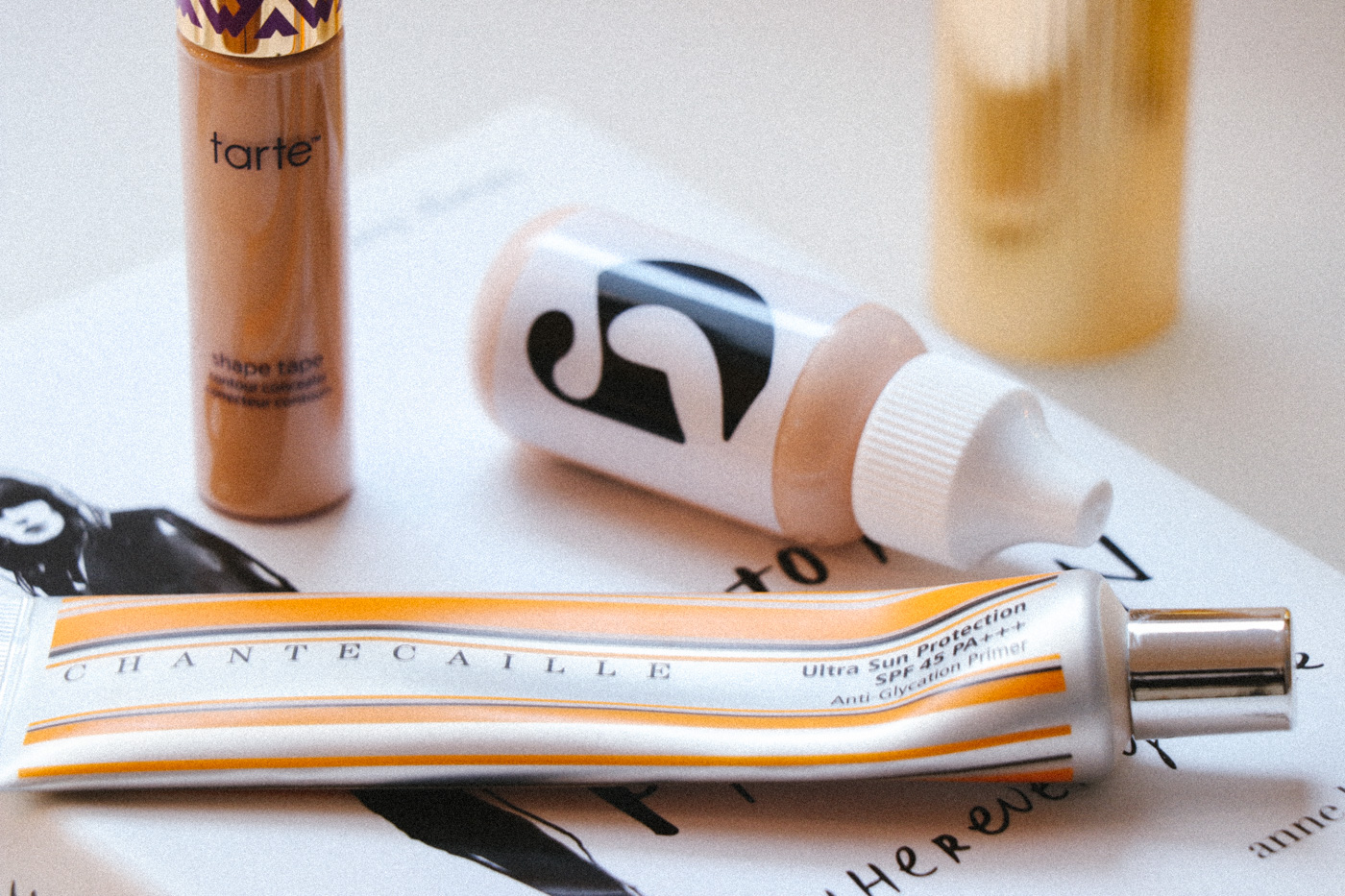 Glossier Perfecting Skin Tint Reveiw