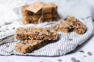 Low carb granola bars